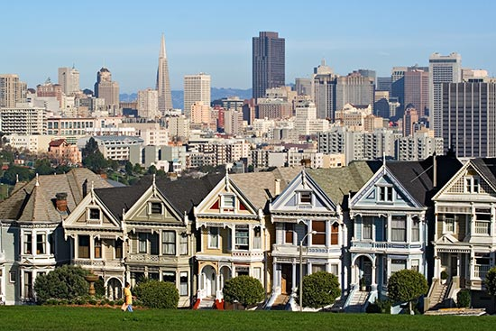 http://diaryofasmartchick.com/wp-content/uploads/2009/03/alamo-square-san-francisco-real-estate.jpg