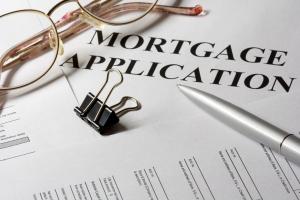 shutterstock_5658937_mortgageapplication